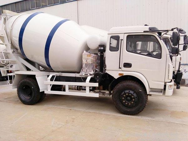 5m3 Concrete Truck for Sale