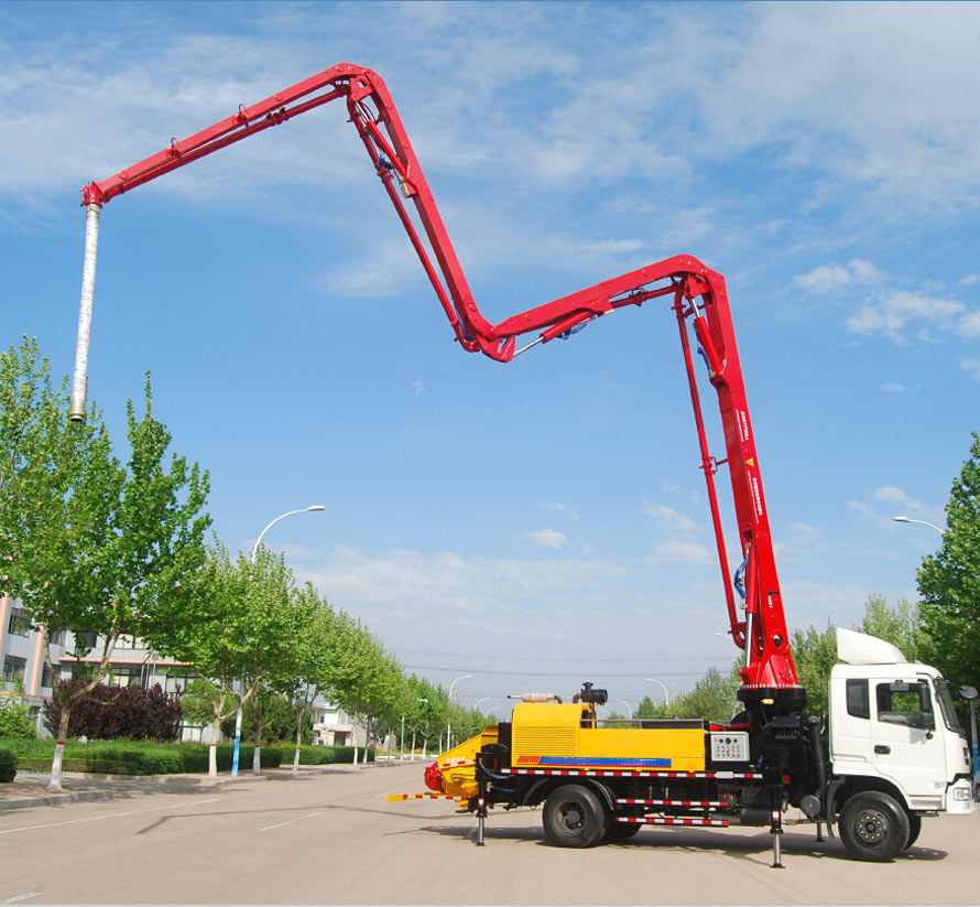 Aimix Concrete Pump in Dubai