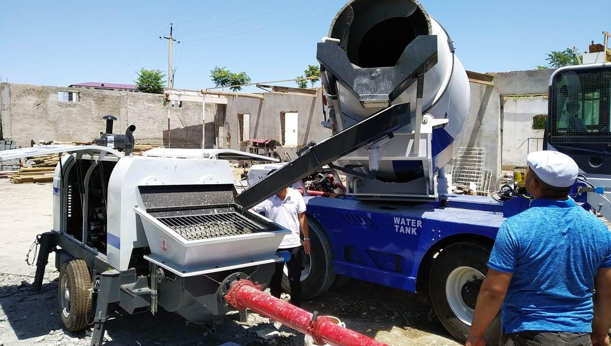 Self Loading Concrete Mixer Working