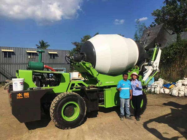 AIMIX Self Loading Mixer for Houses