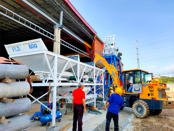 25 m3/h small concrete batching plant