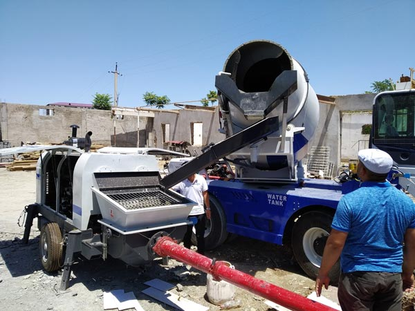 Self Loading Concrete Mixer for Airports