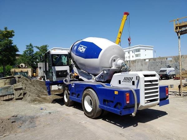Self Loading Concrete Mixer in Uzbekistan